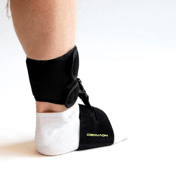 Novamed Klapvoet brace - Shoeless accessoire